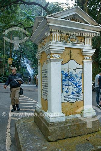 Assunto: Monumento ao Barão de Taunay próximos à Cascatinha Taunay / Local: Rio de Janeiro (RJ) - Brasil / Data: 08/2013