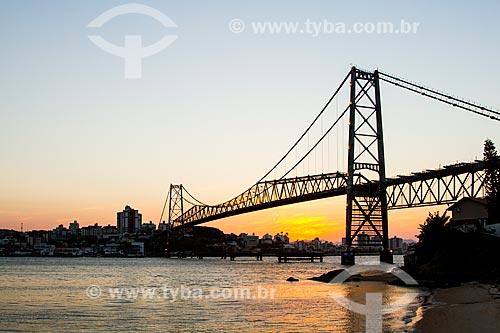 Assunto: Pôr do sol na Ponte Hercílio Luz / Local: Florianópolis - Santa Catarina (SC) - Brasil / Data: 08/2013