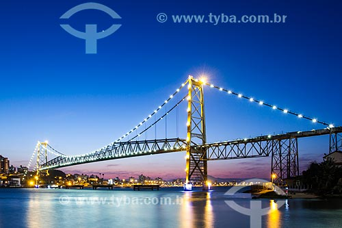 Assunto: Anoitecer na Ponte Hercílio Luz / Local: Florianópolis - Santa Catarina (SC) - Brasil / Data: 08/2013