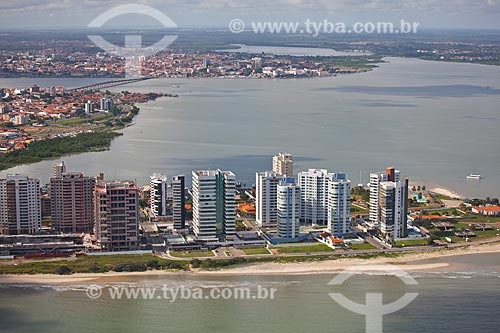 Assunto: Vista aérea de Ponta Dareia com centro histórico ao fundo / Local: Ponta Dareia - São Luis - Maranhão (MA) - Brasil / Data: 06/2013