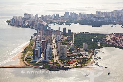 Assunto: Vista aérea de Ponta Dareia com Lagoa do Jansen à direita / Local: Ponta Dareia - São Luis - Maranhão (MA) - Brasil / Data: 06/2013
