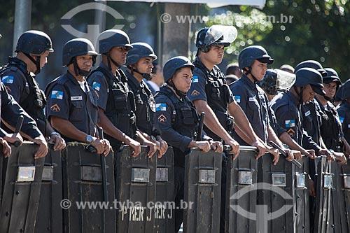 Assunto: Tropa de choque da Polícia Militar durante o desfile em comemoração ao Sete de Setembro na Avenida Presidente Vargas / Local: Centro - Rio de Janeiro (RJ) - Brasil / Data: 09/2013