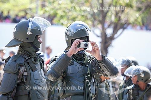 Assunto: Soldados da Tropa de Choque da Polícia do Exército durante o desfile em comemoração ao Sete de Setembro na Avenida Presidente Vargas / Local: Centro - Rio de Janeiro (RJ) - Brasil / Data: 09/2013