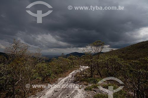 Assunto: Trilha do circuito das águas no Parque Estadual de Ibitipoca / Local: Santa Rita de Ibitipoca - Minas Gerais (MG) - Brasil / Data: 11/2011