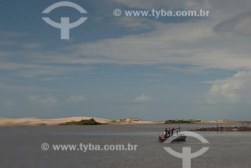 Assunto: Barco na Praia da Raposa / Local: Raposa - Maranhão (MA) - Brasil / Data: 07/2010
