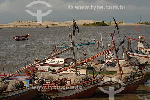 Assunto: Barcos de pesca na Praia da Raposa / Local: Raposa - Maranhão (MA) - Brasil / Data: 07/2010