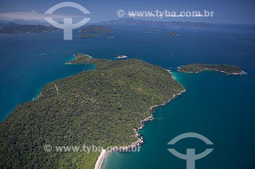 Assunto: Foto aérea da Ilha dos Macacos e da Ilha Comprida (menor à direita) / Local: Distrito Ilha Grande - Angra dos Reis - Rio de Janeiro (RJ) - Brasil / Data: 04/2011