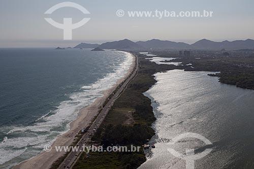 Assunto: Foto aérea da Praia da Reserva com a Lagoa de Marapendi / Local: Barra da Tijuca - Rio de Janeiro (RJ) - Brasil / Data: 04/2011