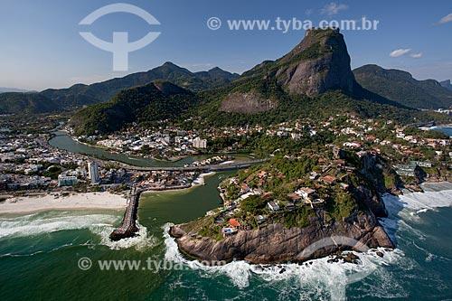 Assunto: Foto aérea da Ponte da Joatinga com a Pedra da Gávea ao fundo / Local: Barra da Tijuca - Rio de Janeiro (RJ) - Brasil / Data: 04/2011