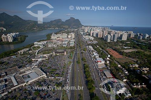Assunto: Foto aérea da Avenida das Américas próximo ao Barra Shopping / Local: Barra da Tijuca - Rio de Janeiro (RJ) - Brasil / Data: 04/2011
