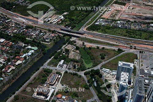Assunto: Foto aérea do canteiro de obras da duplicação da Avenida das Américas próximo ao Recreio Shopping / Local: Recreio dos Bandeirantes - Rio de Janeiro (RJ) - Brasil / Data: 04/2011