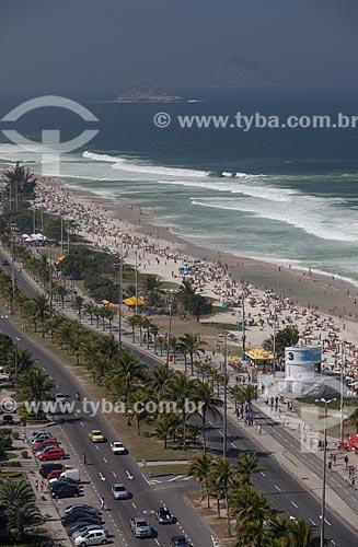 Assunto: Foto aérea da Praia da Barra da Tijuca com a Avenida Lúcio Costa - também conhecida como Avenida Sernambetiba / Local: Barra da Tijuca - Rio de Janeiro (RJ) - Brasil / Data: 07/2013