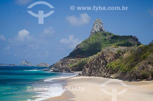 Assunto: Praia do Boldró com Morro do Pico ao fundo / Local: Arquipélago de Fernando de Noronha - Pernambuco (PE) - Brasil / Data: 10/2013