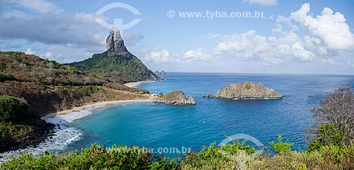 Assunto: Praia do Meio com Morro do Pico ao fundo / Local: Arquipélago de Fernando de Noronha - Pernambuco (PE) - Brasil / Data: 11/2013
