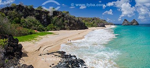 Assunto: Praia com Morro Dois Irmãos ao fundo / Local: Arquipélago de Fernando de Noronha - Pernambuco (PE) - Brasil / Data: 10/2013