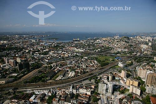 Foto aérea do linha férrea do metrô e do trem próximo à Praça da Bandeira  - Rio de Janeiro - Rio de Janeiro - Brasil