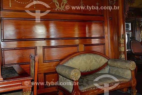 Gabinete no interior Carro Presidencial - também conhecido como Carro de Getúlio Vargas,  que o utilizou como carro presidencial na década de 30 - no Museu do Trem (1984)  - Rio de Janeiro - Rio de Janeiro - Brasil