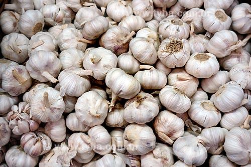 Assunto: Cabeças de alho (Allium sativum) à venda no Centro de Abastecimento do Estado da Guanabara (CADEG) / Local: Benfica - Rio de Janeiro (RJ) - Brasil / Data: 07/2013