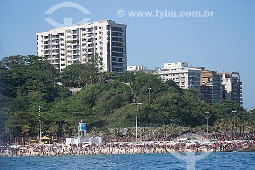 Assunto: Praia do Arpoador - Posto 7 - com o Parque Garota de Ipanema (1978) ao fundo / Local: Ipanema - Rio de Janeiro (RJ) - Brasil / Data: 11/2013
