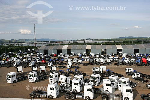 Pátio da fábrica de caminhões da Volkswagen  - Resende - Rio de Janeiro - Brasil