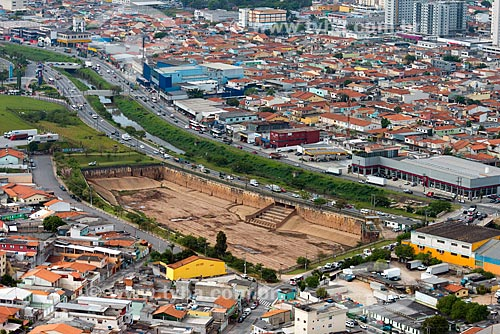 Assunto: Vista aérea do piscinão da Avenida Aricanduva / Local: São Paulo (SP) - Brasil / Data: 10/2013