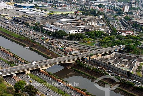 Assunto: Vista aérea da Ponte Jânio Quadros - também conhecida como Ponte da Vila Maria / Local: São Paulo (SP) - Brasil / Data: 10/2013