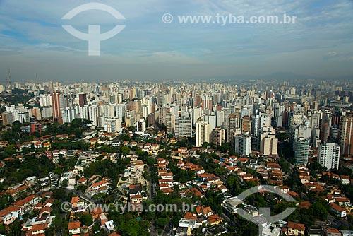 Assunto: Vista aérea de casas no bairro Pacaembu e edifícios no bairro Perdizes / Local: São Paulo (SP) - Brasil / Data: 10/2013