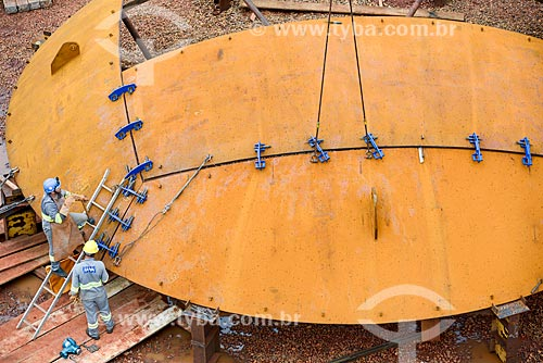 Assunto: Montagem de esfera na obra de construção da Unidade de Fertilizantes Nitrogenados da Petrobrás / Local: Três Lagoas - Mato Grosso do Sul (MS) - Brasil / Data: 09/2013