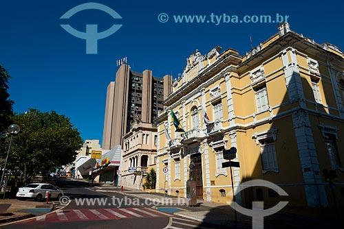 Assunto: Prédio histórico onde funcionava a prefeitura na Praça Rui Barbosa / Local: Uberaba - Minas Gerais (MG) - Brasil / Data: 10/2013