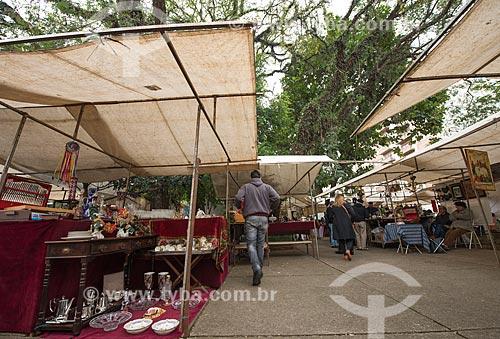 Assunto: Feira de Antiguidades da Praça Benedito Calixto / Local: São Paulo (SP) - Brasil / Data: 08/2013