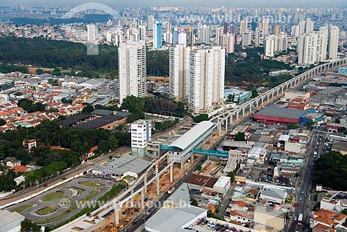 Assunto: Vista aérea da obra de construção do monotrilho Linha 15 Prata - Avenida Professor Luiz Ignácio de Anhaia Mello - Parque Ecológico da Vila Prudente ao fundo / Local: São Paulo (SP) - Brasil / Data: 05/2013