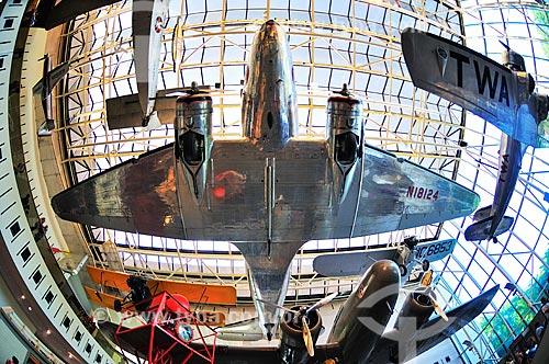Exposição América pelo Ar no Museu do Ar e Espaço do Instituto Smithsoniano - Possui a maior coleção de aeronaves e naves espaciais de todo o mundo  - Estados Unidos