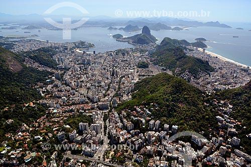 Assunto: Foto aérea do Humaitá com a Enseada de Botafogo e Pão de Açúcar ao fundo / Local: Humaitá - Rio de Janeiro (RJ) - Brasil / Data: 11/2013