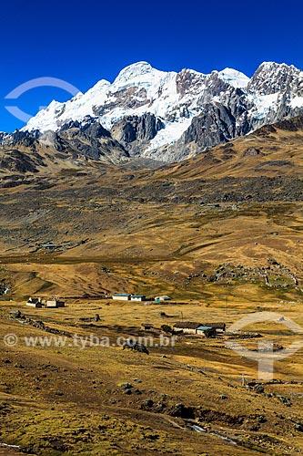 Assunto: Vista da Estrada Transoceânica caminho  Cuzco a Puerto Maldonado / Local: Peru - América do Sul / Data: 07/2012