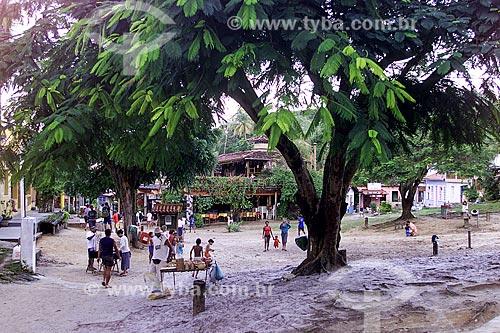 Assunto: Árvore na Praça Aureliano Lima / Local: Cairu - Bahia (BA) - Brasil / Data: 04/1991
