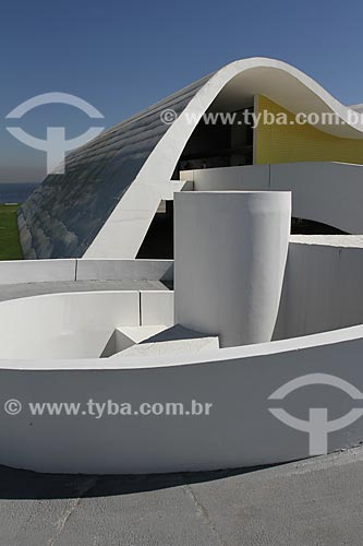 Assunto: Teatro Popular de Niterói (2007) - também conhecido como Teatro Popular Oscar Niemeyer - parte do Caminho Niemeyer / Local: Niterói - Rio de Janeiro (RJ) - Brasil / Data: 08/2013