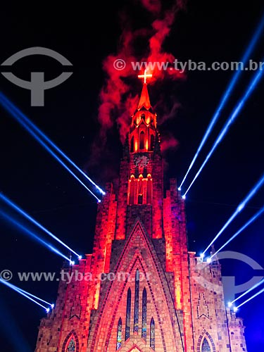 Assunto: Show de luzes na Paróquia de Nossa Senhora de Lourdes - também conhecida como Catedral de Pedra / Local: Canela - Rio Grande do Sul (RS) - Brasil / Data: 12/2013