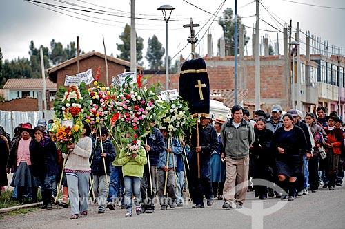 Assunto: Cortejo fúnebre / Local: Chinchero - Peru - América do Sul / Data: 01/2012