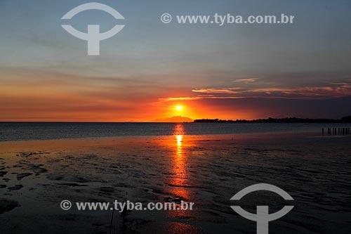 Assunto: Pôr do sol na Praia da Brisa / Local: Guaratiba - Rio de Janeiro (RJ) - Brasil / Data: 02/2014