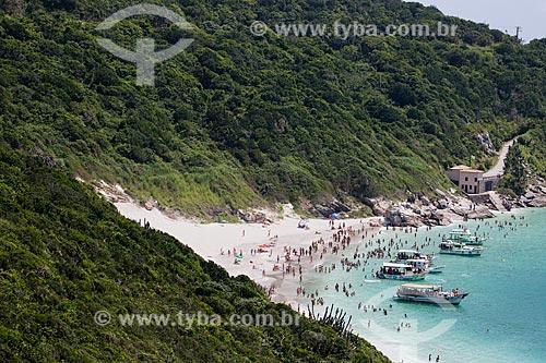 Assunto: Barcos e banhistas na Prainha do Pontal do Atalaia / Local: Arraial do Cabo - Rio de Janeiro (RJ) - Brasil / Data: 01/2014