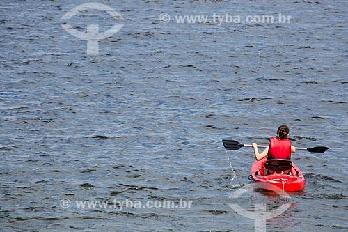 Assunto: Turista em caiaque na Praia no Forno / Local: Arraial do Cabo - Rio de Janeiro (RJ) - Brasil / Data: 01/2014