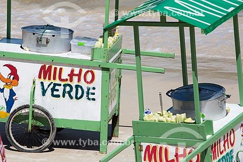 Assunto: Carrocinhas de milho verde na Praia do Forno / Local: Arraial do Cabo - Rio de Janeiro (RJ) - Brasil / Data: 01/2014