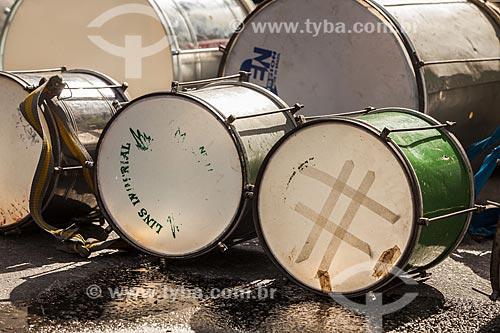 Assunto: Instrumentos do bloco de carnaval de rua Banda da Bolívar / Local: Copacabana - Rio de Janeiro (RJ) - Brasil / Data: 02/2012