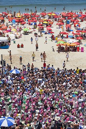 Assunto: Bateria do bloco de carnaval de rua Me esquece / Local: Leblon - Rio de Janeiro (RJ) - Brasil / Data: 02/2012
