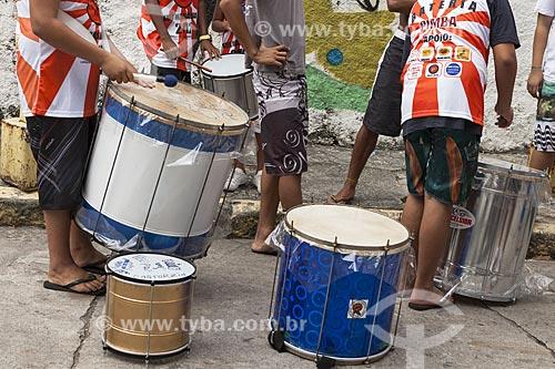 Assunto: Instrumentos do bloco de carnaval de rua Xupa mas não baba / Local: Laranjeiras - Rio de Janeiro (RJ) - Brasil / Data: 02/2012