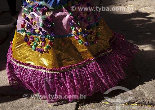 Assunto: Detalhe da roupa da porta-bandeira do bloco de carnaval de rua Loucura suburbana / Local: Engenho de Dentro - Rio de Janeiro (RJ) - Brasil / Data: 02/2012