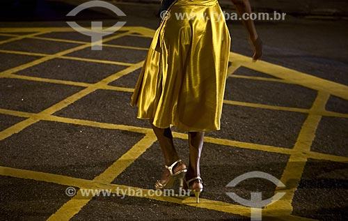 Assunto: Mulher durante o desfile do bloco de carnaval de rua Banda Cultural do Jiló / Local: Tijuca - Rio de Janeiro (RJ) - Brasil / Data: 02/2012