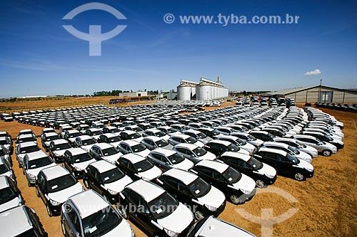 Carros no Porto Seco Centro-Oeste S/A  - Anápolis - Goiás - Brasil
