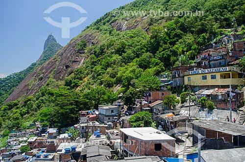 Assunto: Casas na Favela Santa Marta com o Cristo Redentor ao fundo / Local: Botafogo - Rio de Janeiro (RJ) - Brasil / Data: 01/2014