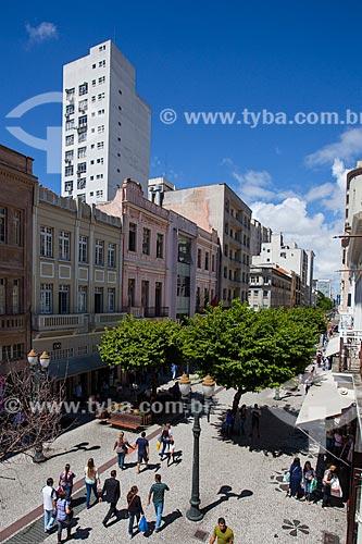 Assunto: Trecho da Avenida Luiz Xavier entre a Rua Quinze de Novembro - conhecido como Rua das Flores / Local: Centro - Curitiba - Paraná (PR) - Brasil / Data: 12/2013